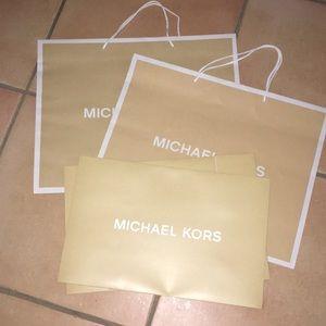 2 Gift Bags & 1 Gift Box 📦
